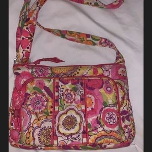 Vera Bradley side purse with attached wallet!